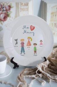 Тарелка декоративная с вашим текстом «Дружная семья»