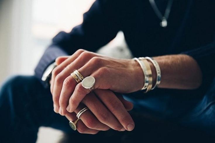 b9be3c127e7f Ювелирные украшения для мужчин в подарок. Браслет, перстень, цепочка ...