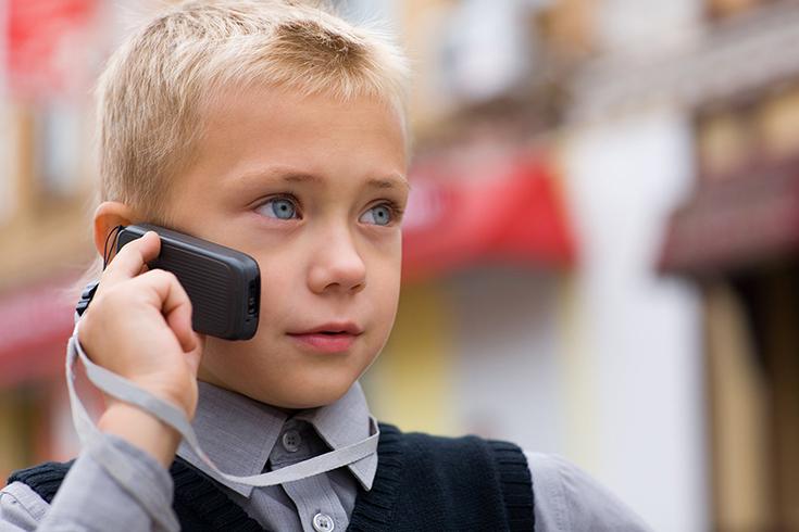 телефон в подарок первокласснику
